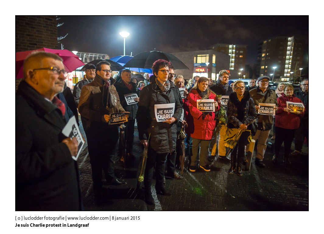 Bij het gemeentehuis van Landgraaf begon 8 januari 2014 om 18.00 uur een steunbetuiging voor de slachtoffers van aanslag Parijs. Burgemeester Raymond vlecken hield een toespraak bij het huisje van Frans Erens, er werden bloemen gelegd bij het politiebureau en in het gemeentehuis was een condoleance register. Ter nagedachtenis aan de slachtoffers van de aanslag op Charlie Hebdo in Parijs.