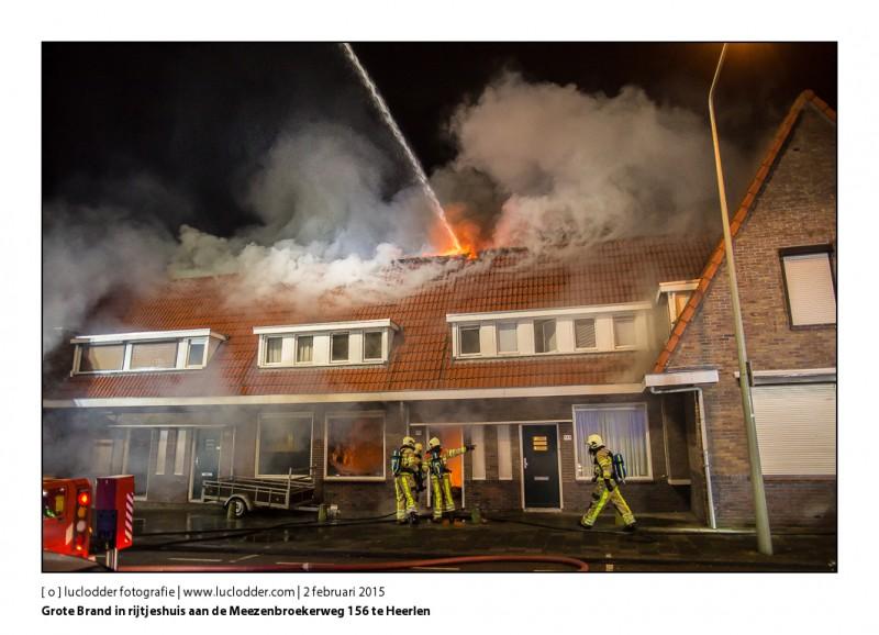 Grote Brand rijtjeshuizen aan de Meezenbroekerweg 156 te Heerlen