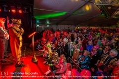 Mistery Guest Wil houben (burgemeester voerendaal) zingt Truuk i Heële van Wiel Knipa tijdens sjtundje Knipa in de Tent. Is dit een open sollicitatie naar het burgemeesterschap in Heerlen?